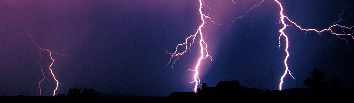 lightning 1200